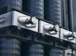 Dlaczego warto kupić śruby zamkowe spełniające normy DIN 603/ISO 8677/PN 82406